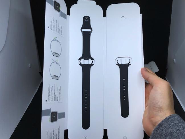 Apple Watch Series4のバンド開封後