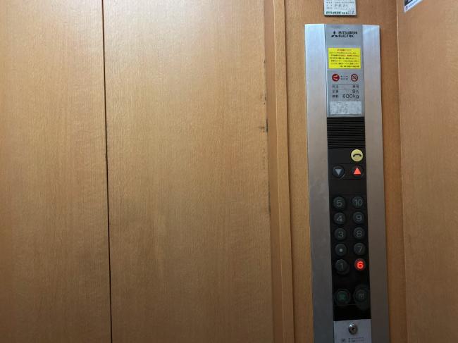 AILE上野店ビル内のエレベーター